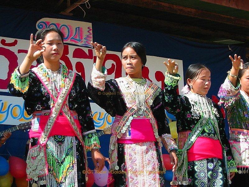 tung-na-noi-hmong-new-year-019