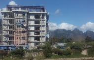 Laos - Vang Vieng construction destroys view