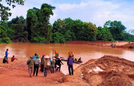 Laos - New Sanamxay bridges in place after the big Attapeu flood