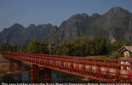 Laos - Vang Vieng - new Xong river bridge