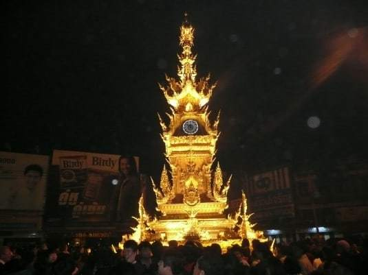clock-tower-chiang-rai-2