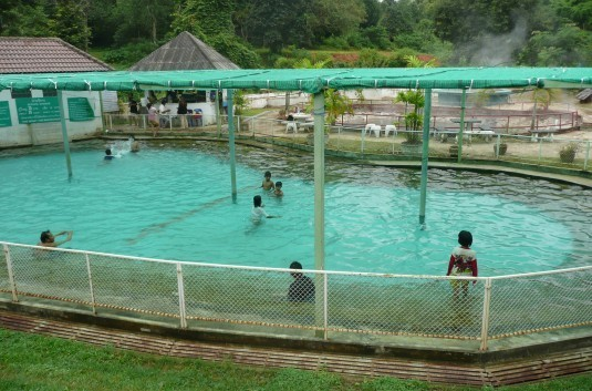 phasaert-hot-springs-chiang-rai
