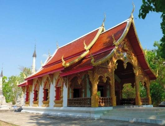 Mae Sariang Temples; Wat Phrathat Chom Thong