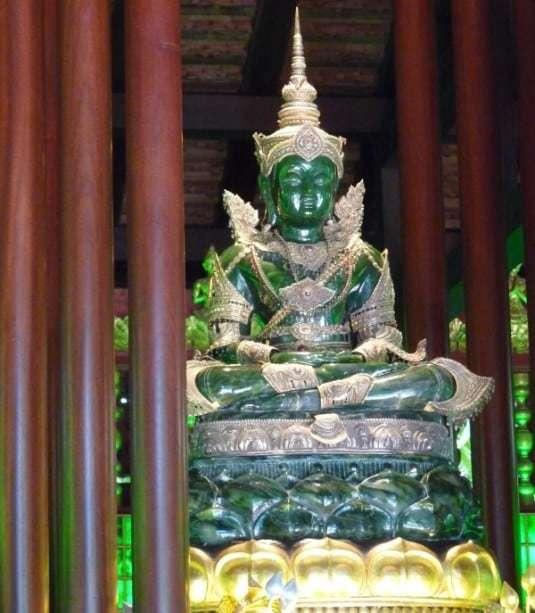 Emerald Buddha - Wat Phra Kaew, Chiang Rai