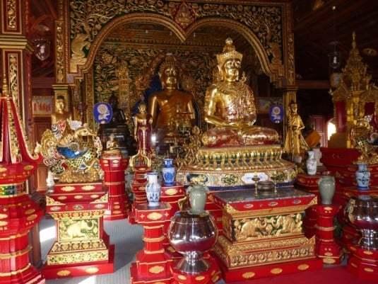 wat-ming-muang-chiang-rai-4