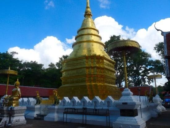Wat Phra that Chom Tong - Phayao
